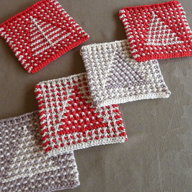 Quick Christmas Gifts: Tree Coasters by Amy Marie