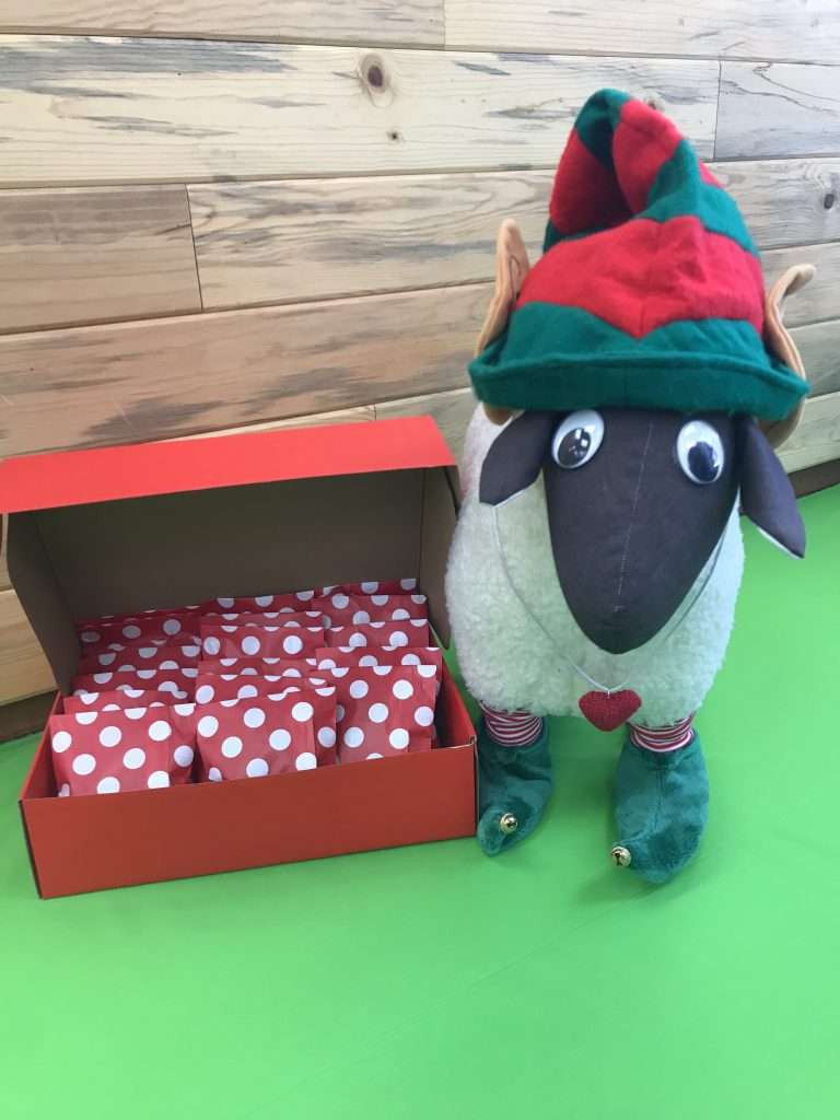 The Loopy Ewe Holiday/Advent Kits