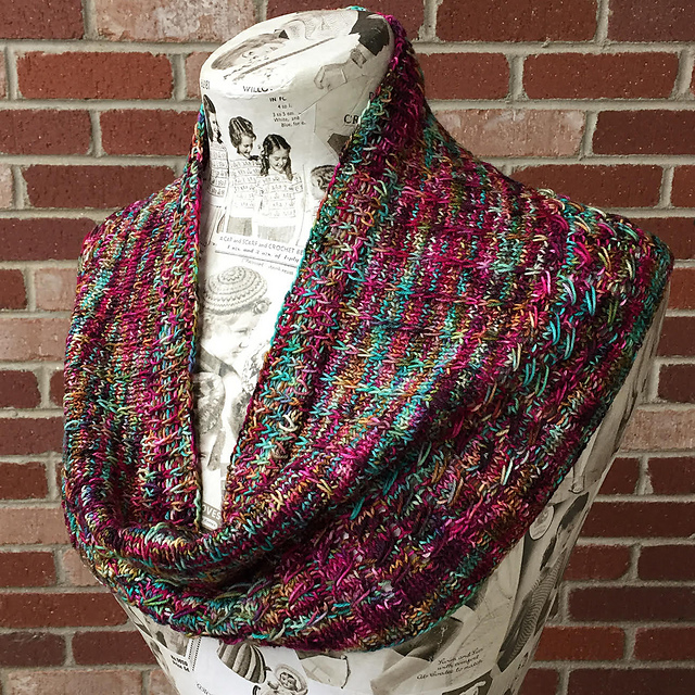 Slipstream Cowl The Loopy Ewe One skein projects