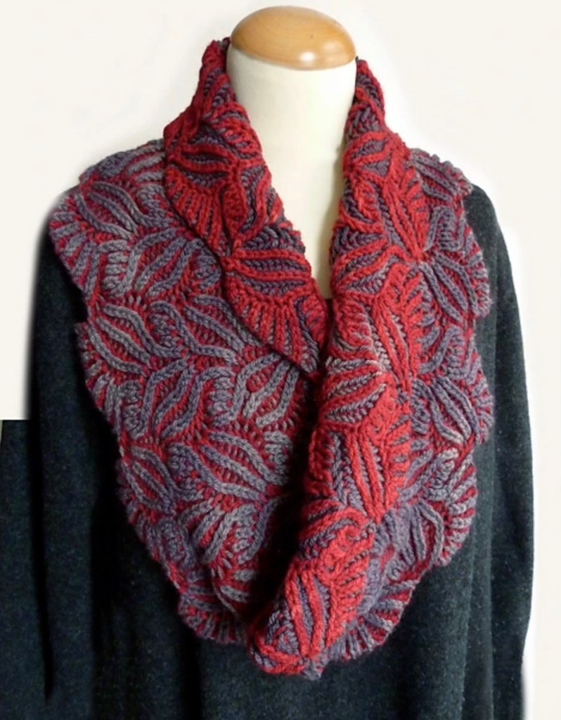 Damask Cowl Nancy Marchant