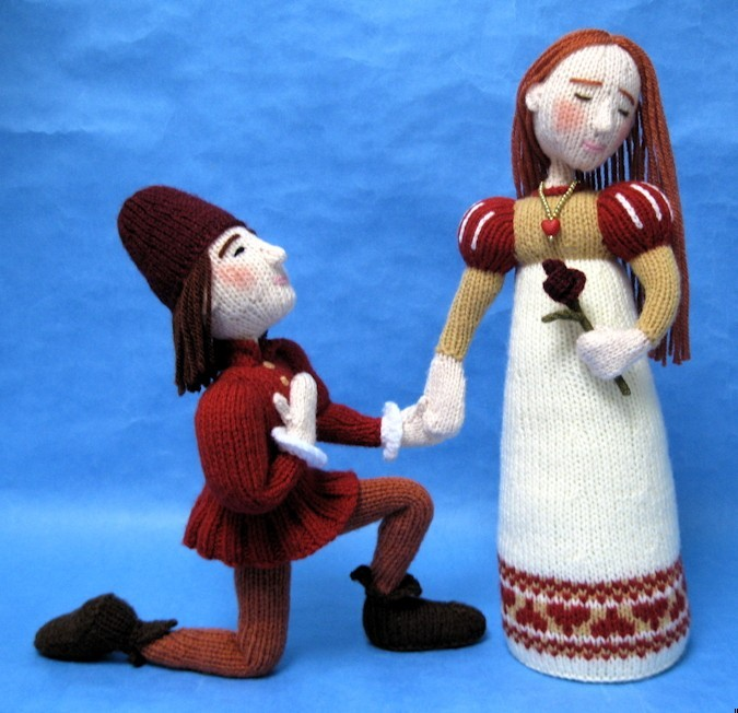 A photo of knitted Romeo and Juliet